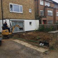 Levelling ground for a driveway in Chiswick04