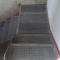 Metal-stairs-at-Paddington-Gloucester-Terrace04