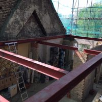 Building up roof structure for a tree storey building on Lewisham High Street06